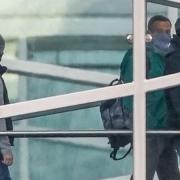 Políticos de asuntos exteriores acusan a Rusia de torturar a Nawalny