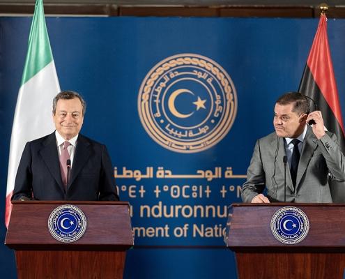 El presidente Draghi visita Libia