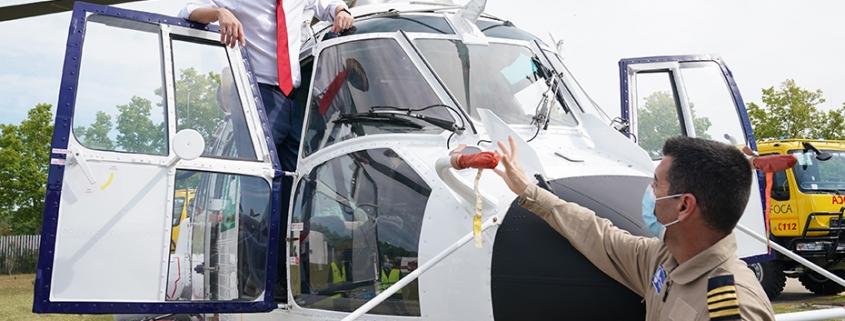 Moreno presenta tres nuevos helicópteros y nuevos camiones autobomba que mantienen al Infoca como vanguardia en la lucha contra los incendios