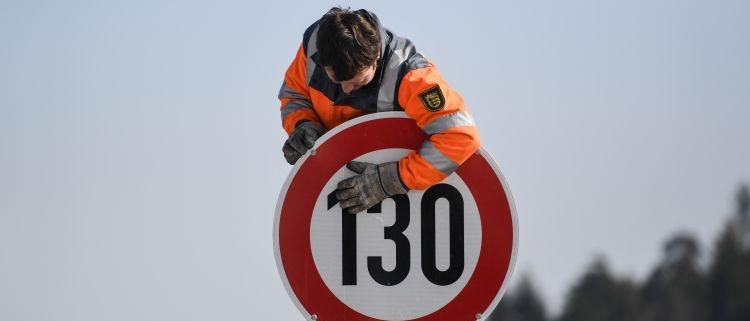 Límite de velocidad se convierte en tema electoral