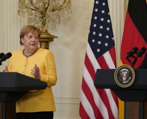 """Merkel en Washington: """"Naciones estrechamente amigas"""""""