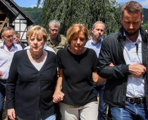 Merkel promete ayuda