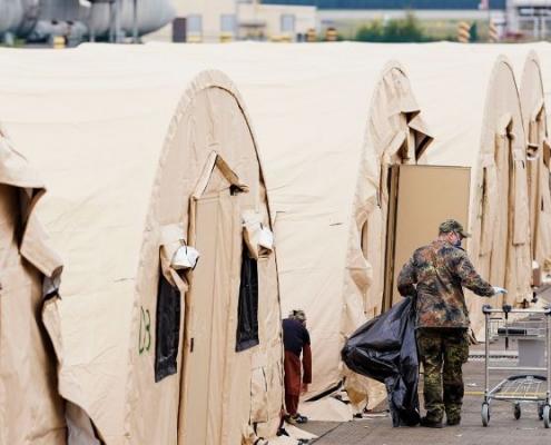 Más de 23.000 evacuados en Ramstein