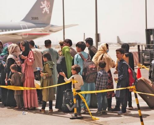 Fuerzas militares estadounidenses y de la Bundeswehr fuerzan evacuación