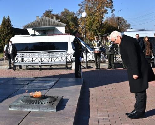 Steinmeier recuerda los crímenes de la guerra mundial